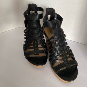 American Eagle Outfitters Shoes - American Eagle Vegan friendly black wedges Size 8